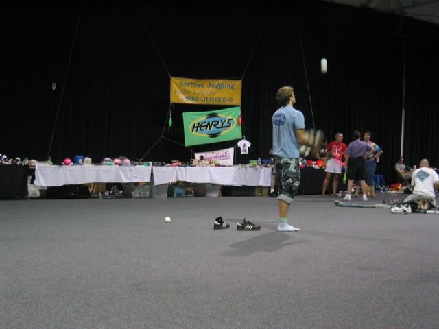 037 fri serious juggling